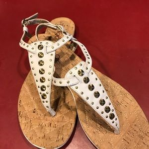 Me Too White Sandal 8M Worn once